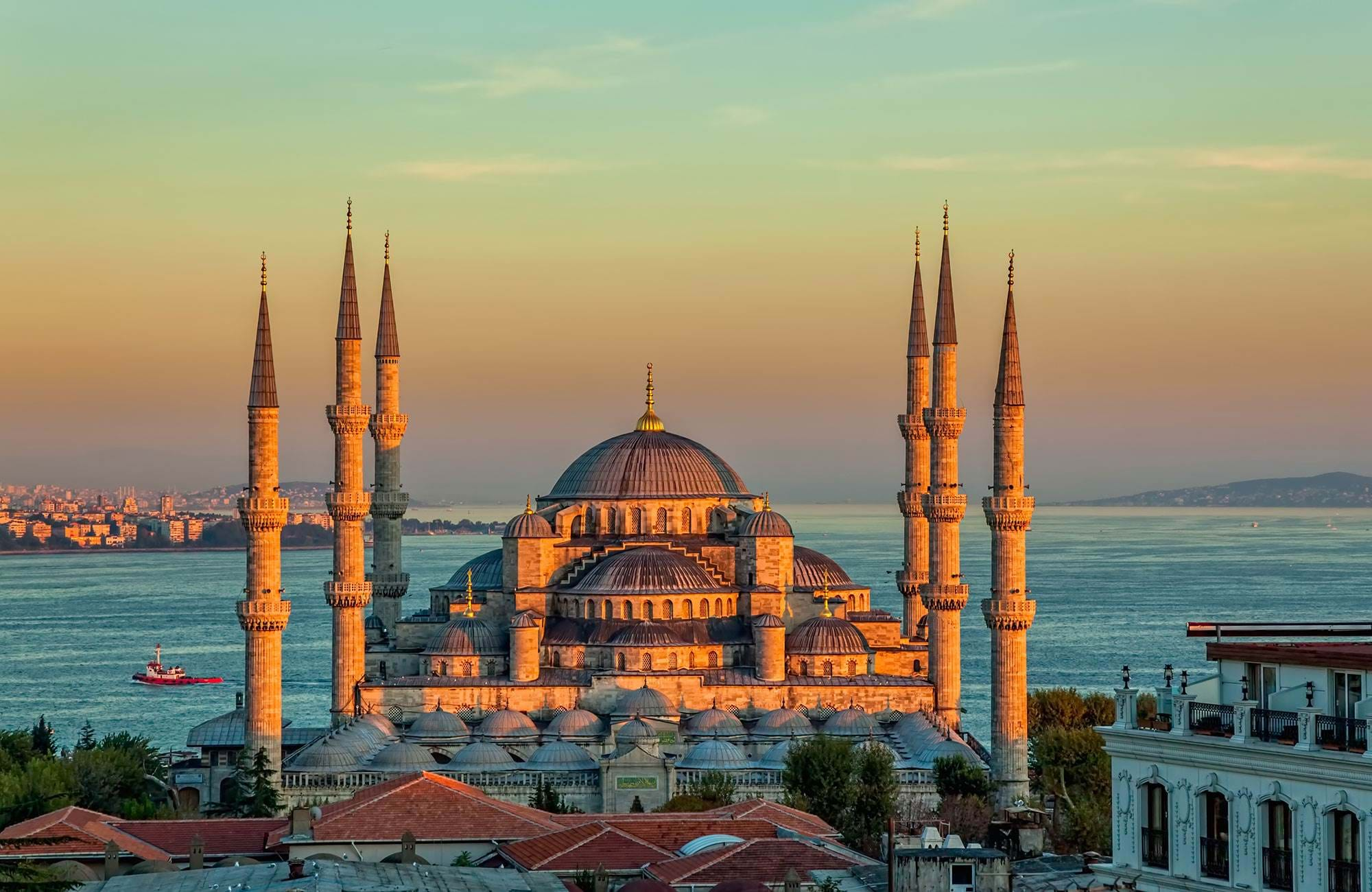 istanbul-mosque-sunlight-cover