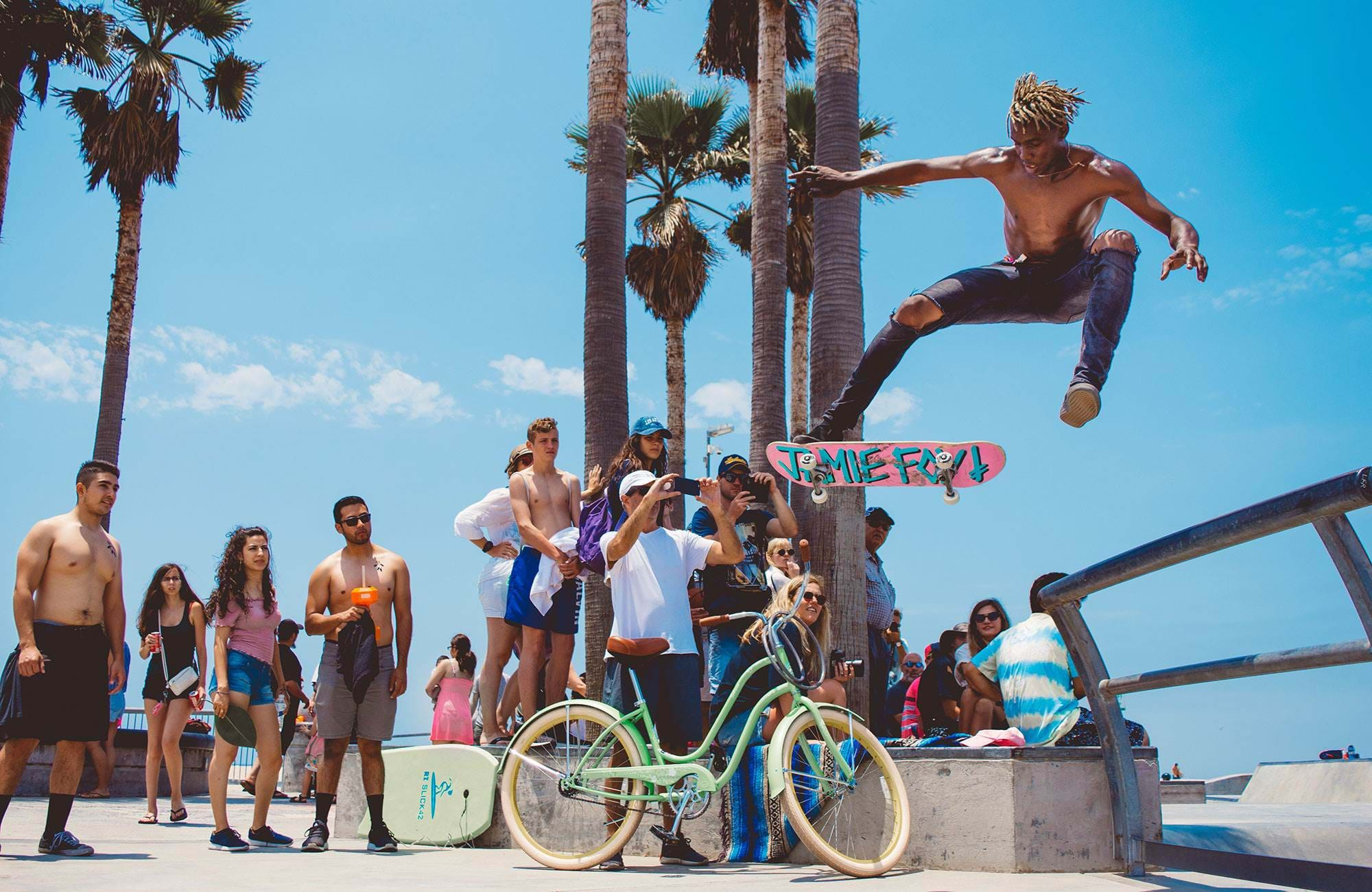 A skater in Los Angeles and an audience