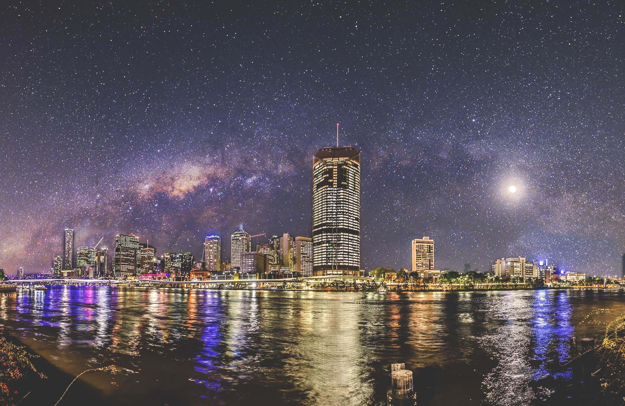 enjoy brisbane by night and a beautiful starry night during your semester in brisbane