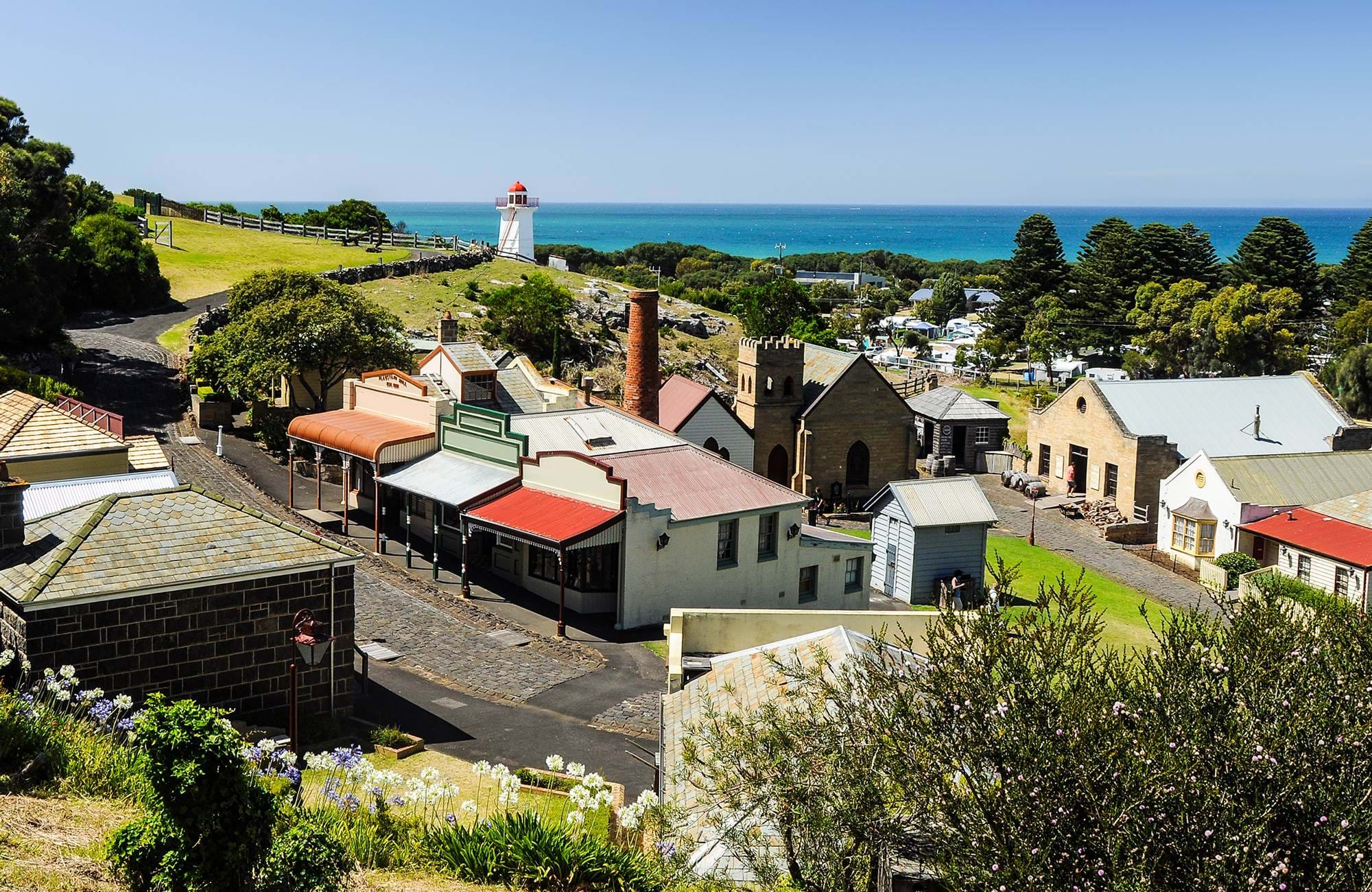 you can reach beautiful warnambool after your courses in melbourne