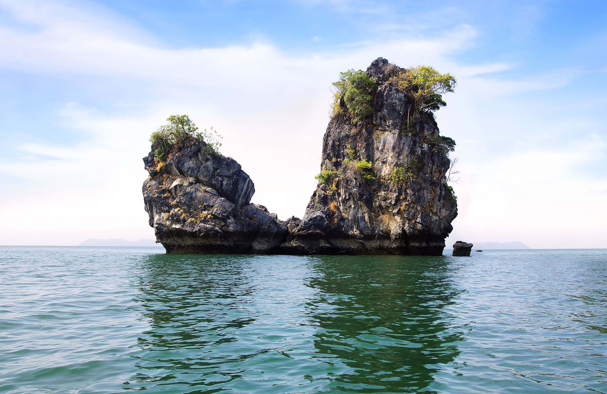 langkawi-malaysia-cliff-islands-cover