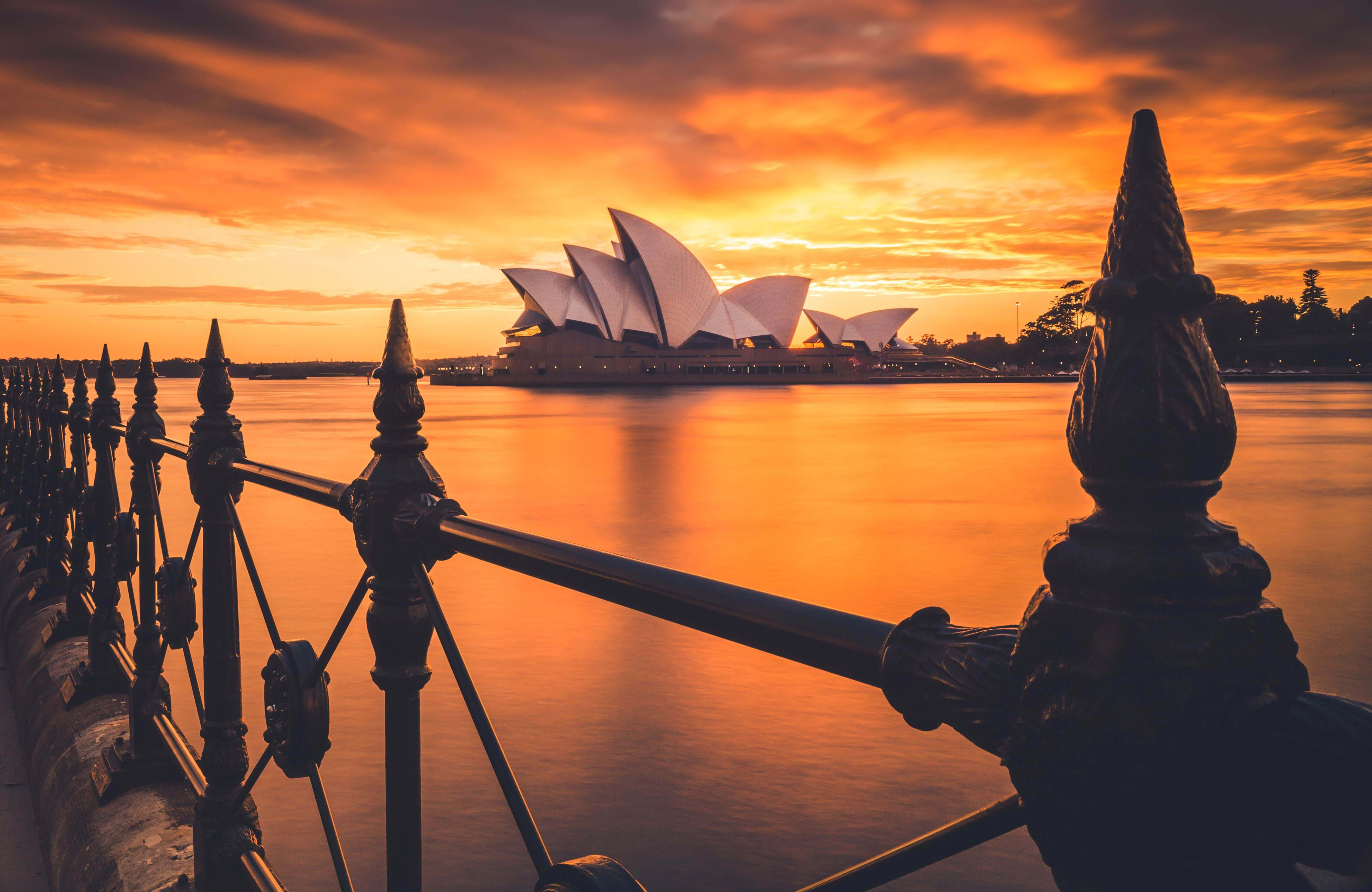 the opera house in sydney will be in your sight everyday if you wish to study in sydney
