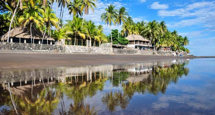 Enjoy El Salvador on your round trip in central america