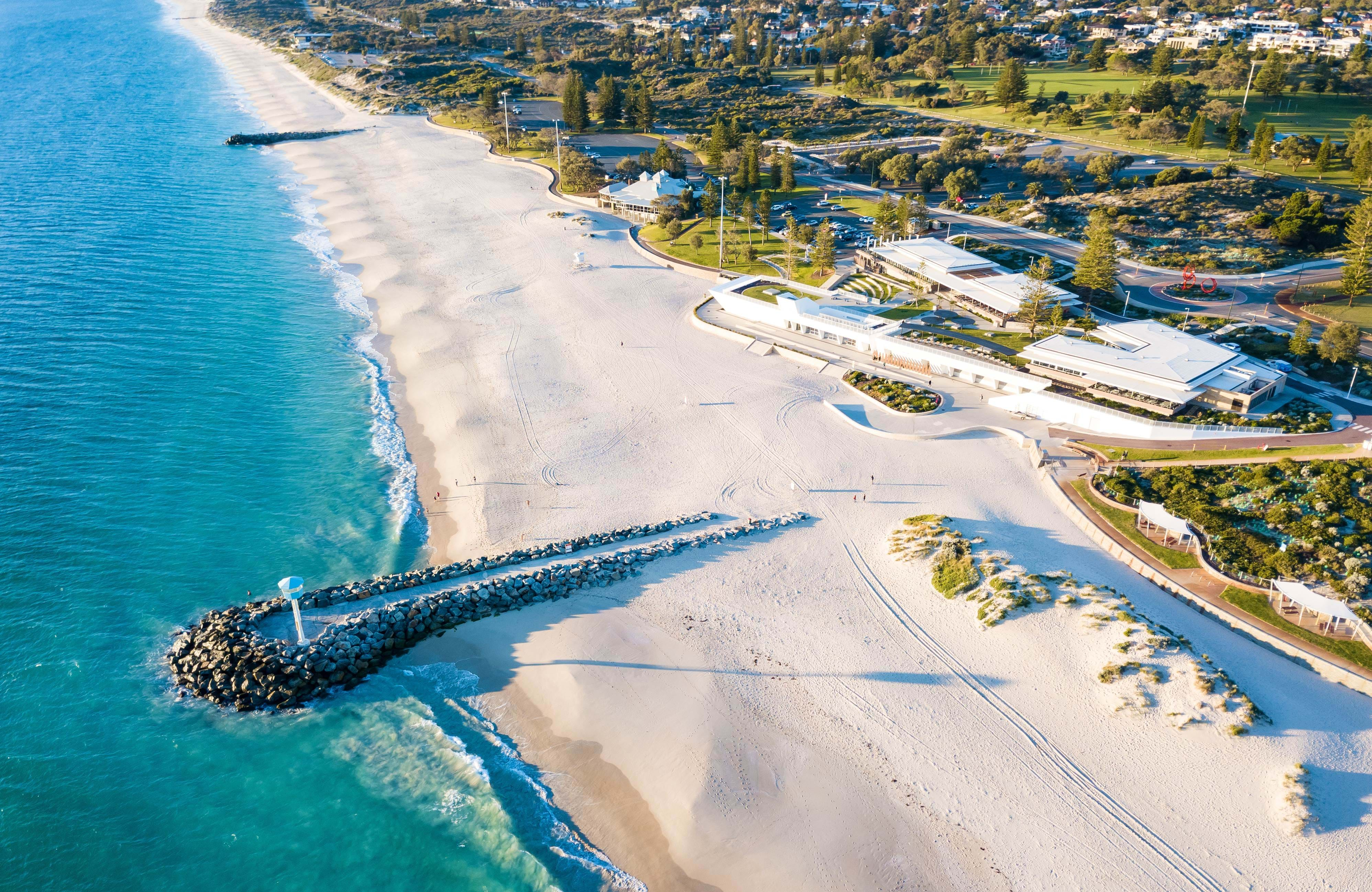 enjoy the white sandy beaches in perth while you study in perth