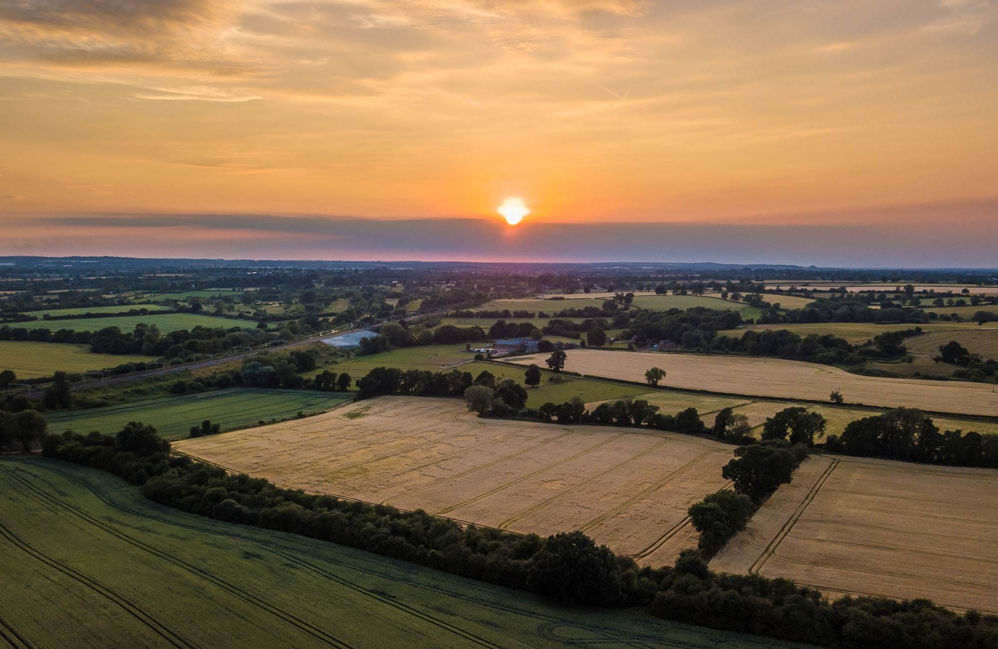 sunset-coventry-fields-uk