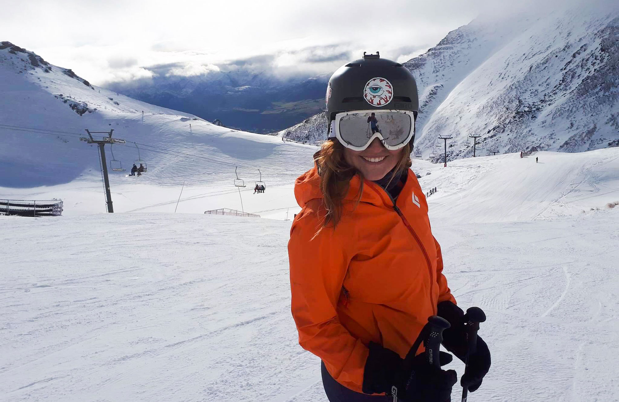 girl skiing in new zealand on the perfect slopes during her study abroad semester in new zealand