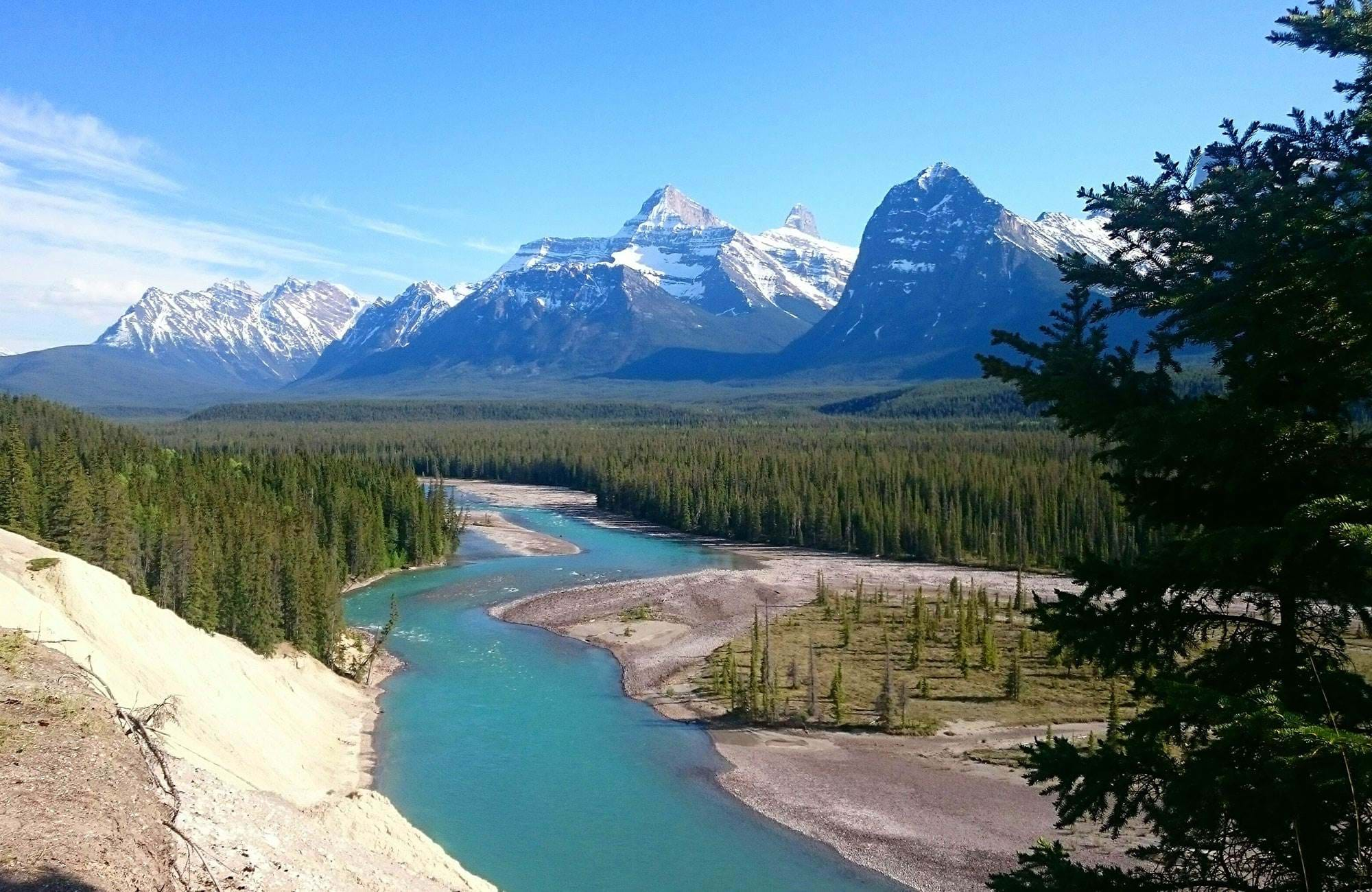 explore the rockies in jasper in canada during your gap year in Canada