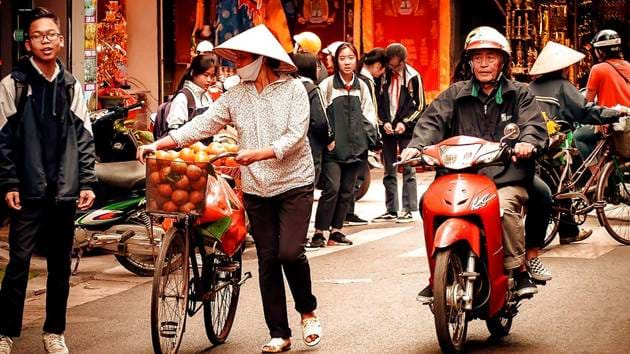 backpacker-best-of-hanoi-6